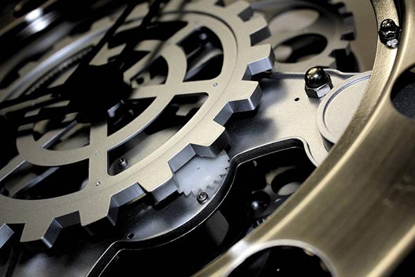 Оптические часы, самые точные в мире, представлены в России