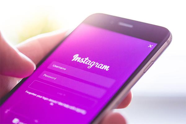 Как в Instagram загрузить GIF