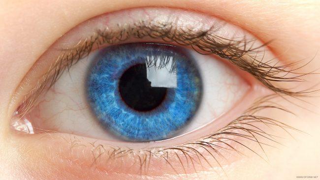 Российские учёные впервые вживили «бионический глаз» пациенту