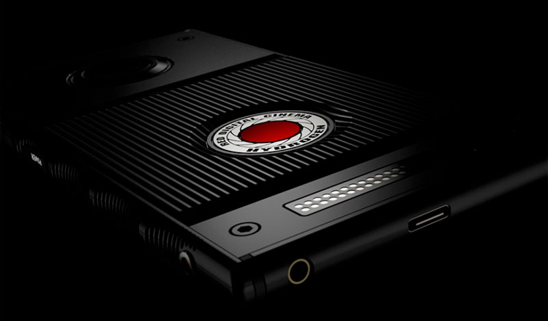 RED представила Hydrogen One – первый в мире смартфон с голографическим экраном за $1200
