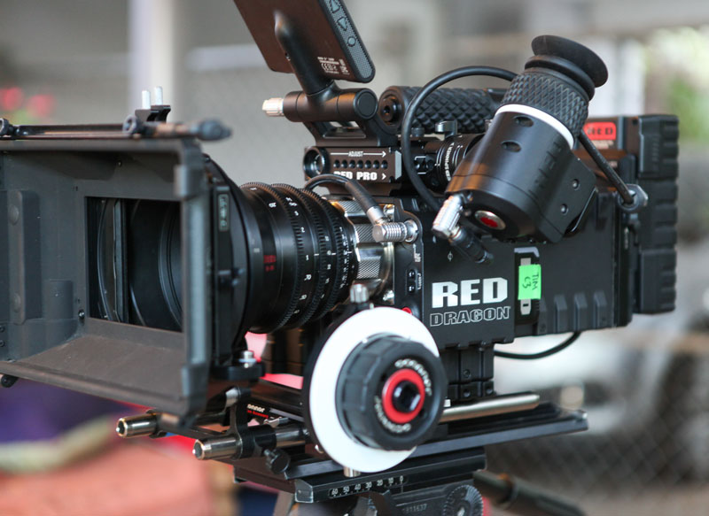 RED представила Hydrogen One – первый в мире смартфон с голографическим экраном за 00