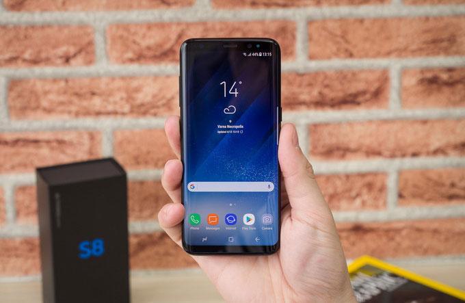 Samsung: смартфон Galaxy S8 опережает по продажам Galaxy S7 на 15%