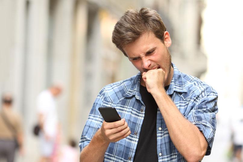 Siri – по-прежнему самый популярный голосовой помощник, но количество пользователей существенно сократилось