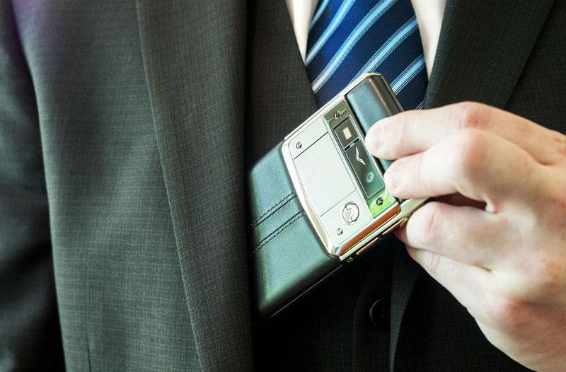 Остался только iPhone: почему смерть Vertu была закономерной