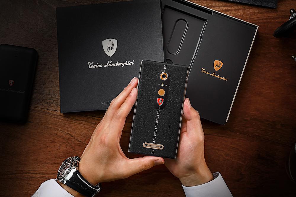 Lamborghini представила новый смартфон