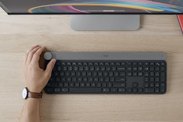 Logitech представила клавиатуру Craft и динамики MX Sound
