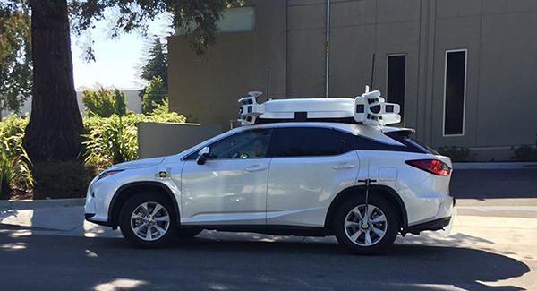 Apple продолжает тестировать свой автопилот