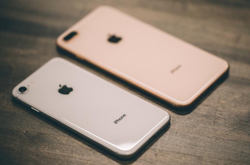 Первая волна обзоров iPhone 8 и 8 Plus