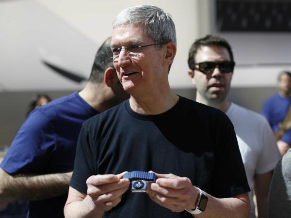 Обсуждения: загадочная история красной точки и Apple Watch