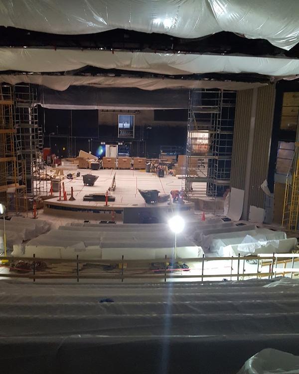 Фото: Как выглядит театр имени Стива Джобса изнутри?