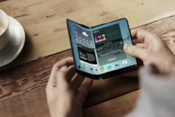 Гнущийся смартфон Samsung будет представлен в 2018 году