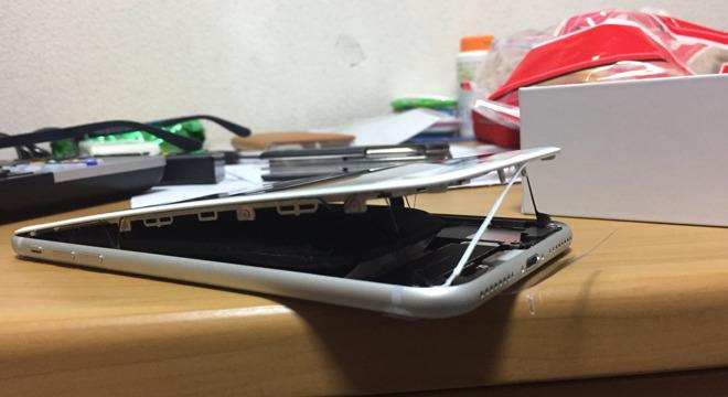 Apple расследует случай с раздувшимися аккумуляторами iPhone 8 Plus
