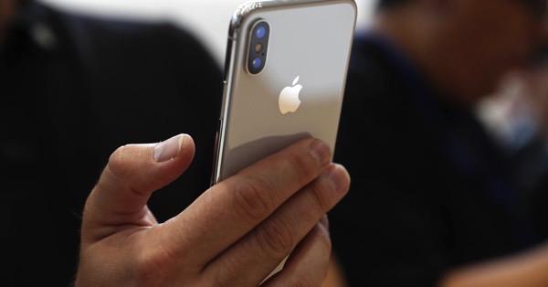Медленное производство 3D-модулей стало причиной задержки iPhone X