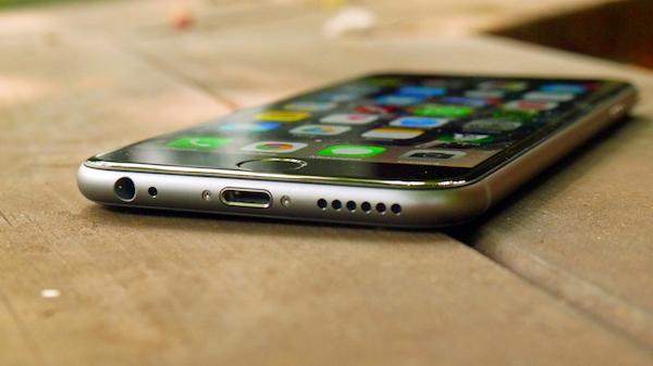 Какой бюджетный iPhone выбрать: iPhone 6 или iPhone SE?
