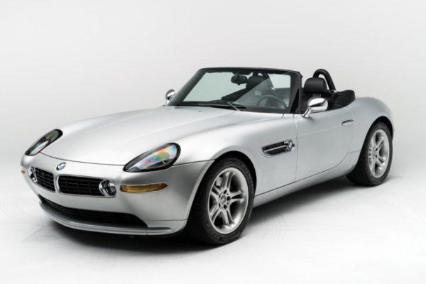 На аукцион выставят BMW Z8, принадлежавшую Стиву Джобсу