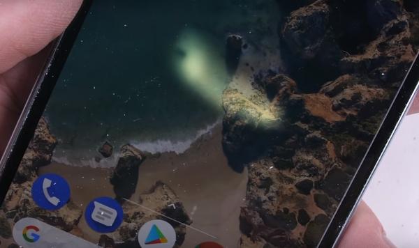 Google Pixel 2 провалил тест на устойчивость к повреждениям