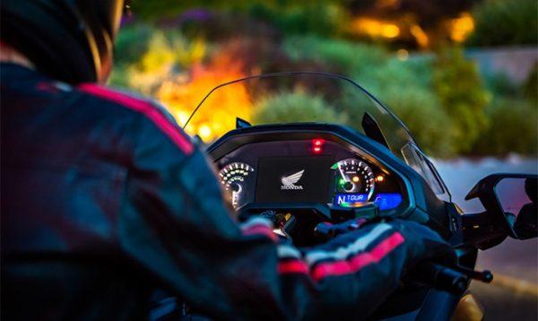 Honda Gold Wing 2018 станет первым мотоциклом с поддержкой CarPlay