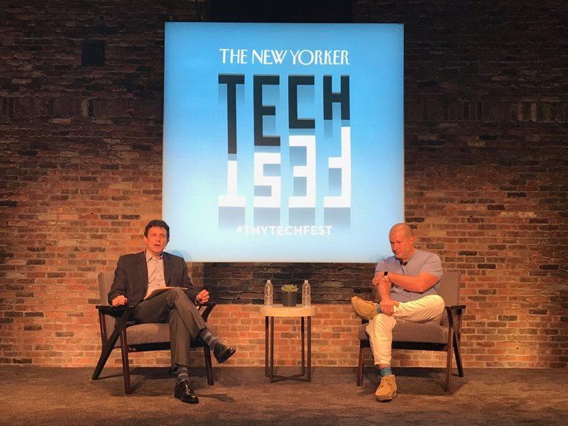 Джони Айв рассказал, что вдохновило Apple создать iPhone
