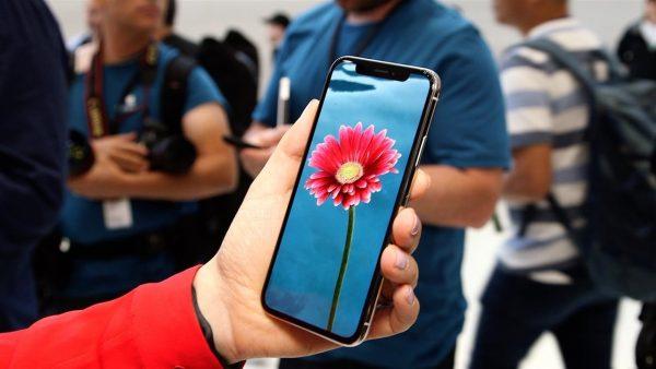 Покупатели начали возвращать iPhone X