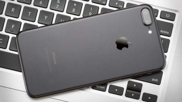 Израильская компания обвинила Apple в нарушении патентов на двойную камеру