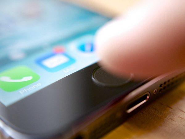 Apple может помочь разблокировать телефон техасского стрелка