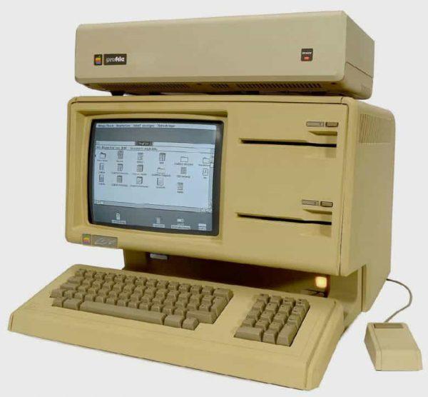 Apple Lisa-1 был продан за 50 000 долларов