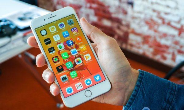 Пользователи iPhone 8  8 Plus и iPhone X испытывают проблемы с GPS-навигацией
