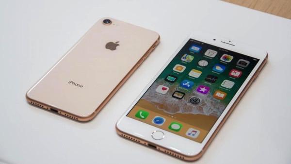 Динамик iPhone портится через год. Это медицинский факт