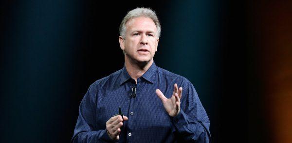 Фил Шиллер рассказал об отказе от кнопки Home, привыкании к жестам и дате запуска iMac Pro