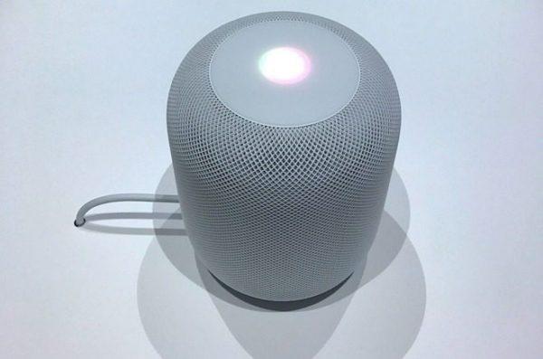 HomePod еще не вышла, но Apple уже выпустила для нее новую прошивку