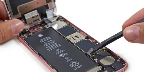 Google переманивает инженеров из Apple для разработки собственных чипов
