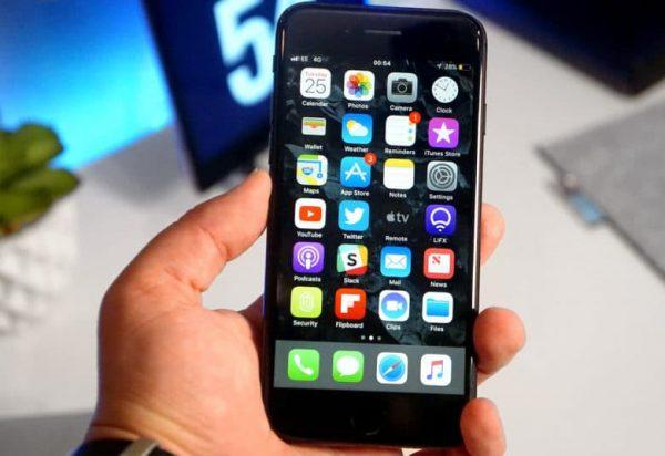 В 2018 году Samsung произведет для Apple в четыре раза больше OLED-дисплеев