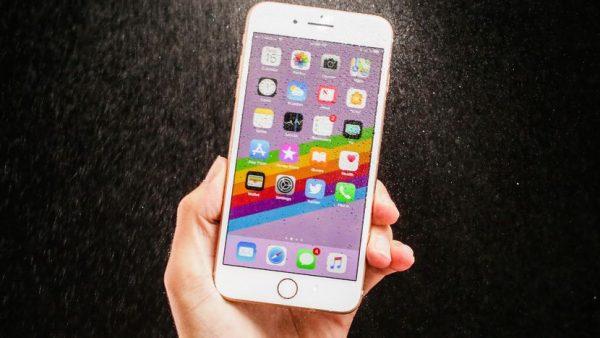 Смена дат и ошибка iOS 11 привели к сбоям в работе многих iPhone
