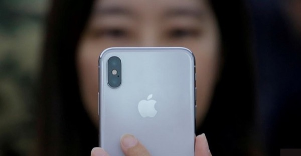 Выручка Foxconn увеличилась благодаря iPhone X