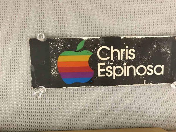 Что можно обнаружить на столе сотрудника Apple