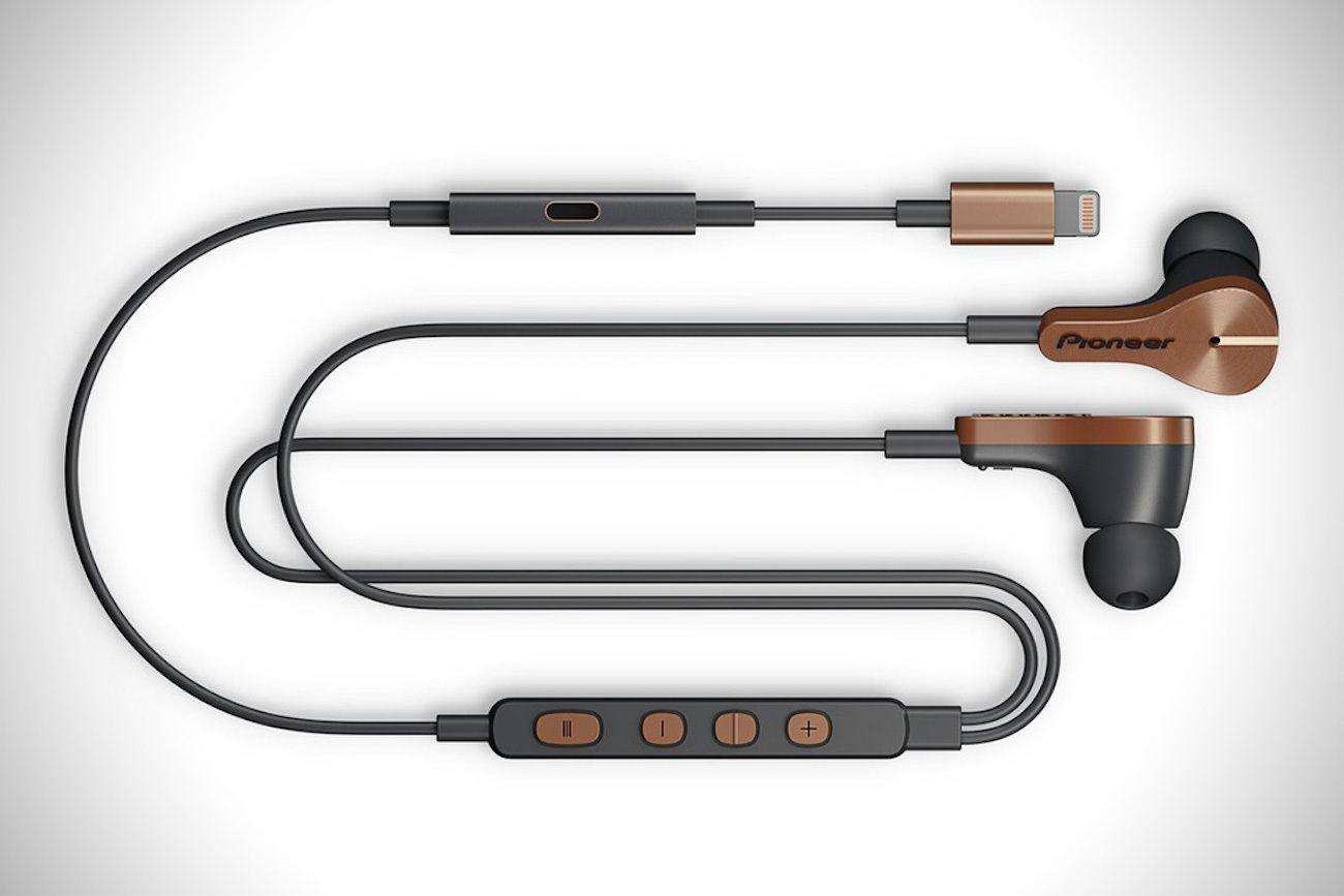 Лучшие Lightning-наушники для вашего iPhone или iPad