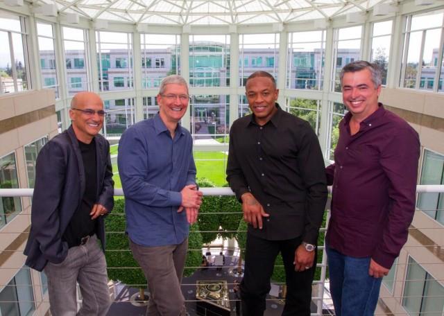 Глава Apple Music планирует покинуть Apple