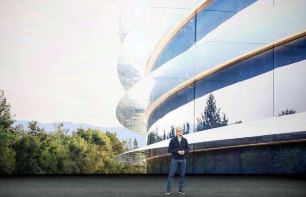 Apple инвестирует 350 миллиардов долларов в экономику США в течение пяти лет