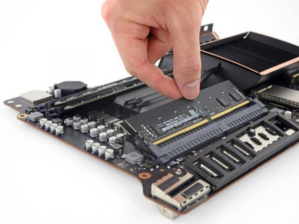 iFixit: большинство ключевых компонентов iMac Pro требуют полной разборки для замены