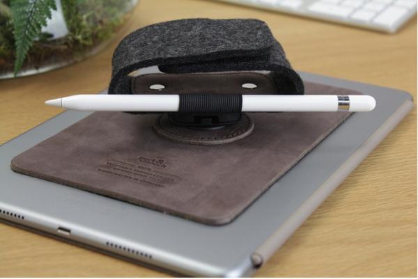 TabStrap — держатель для iPad из натуральной кожи