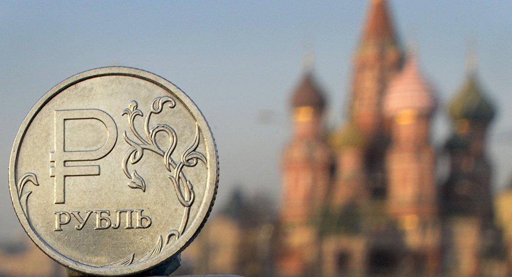 Магазины техники готовятся к повышению цен из-за слабого рубля