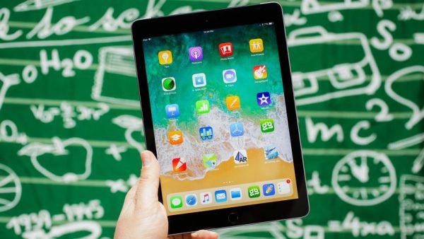 Пять полезных аксессуаров для iPad 2018