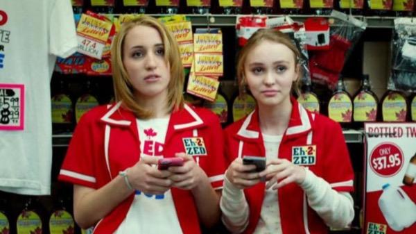 iPhone снова завоевал звание самого популярного смартфона среди подростков