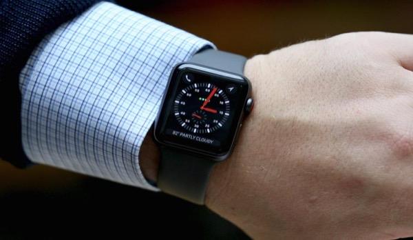 Apple Watch помогают сотовым операторам привлекать новую аудиторию