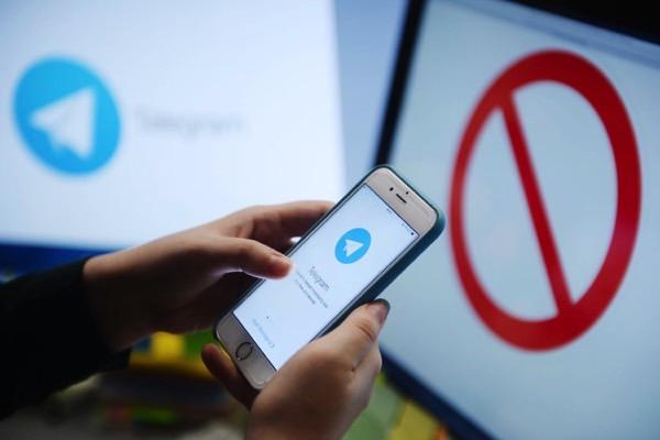 Чиновники продолжают использовать Telegram или «СМИ не должно волновать, что члены правительства делают, как частные лица»