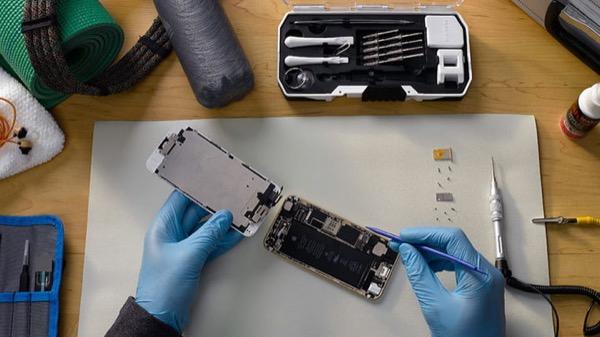 Apple хочет «убить» все неавторизованные фирмы, занимающиеся ремонтом iPhone