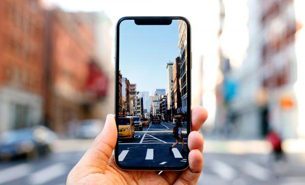 LG не может удовлетворить спрос Apple на OLED-дисплеи