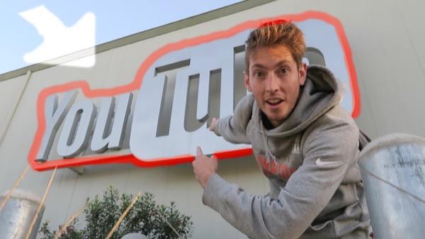 В кампусе YouTube неизвестный открыл стрельбу и убил одного из сотрудников
