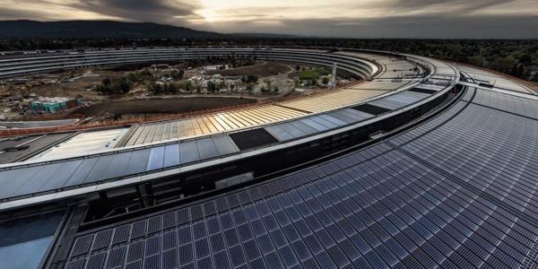 Apple стала полностью «зеленой» компанией