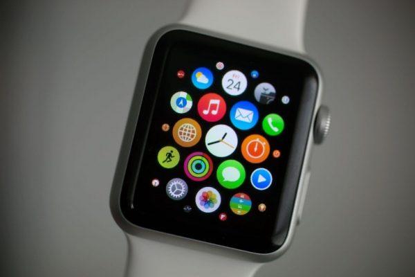 Apple Watch спасли жизнь 76-летнему японцу